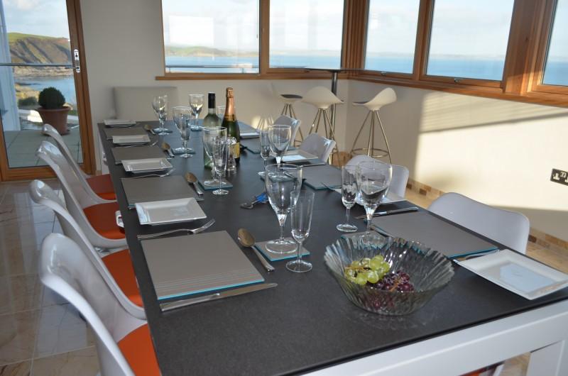 dining-room-e1450112666755